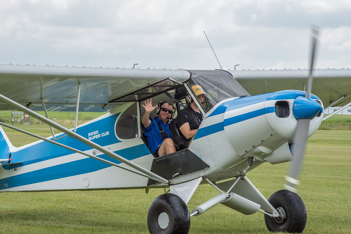 Aviation Education supported by world-class family events | SUN 'n FUN!